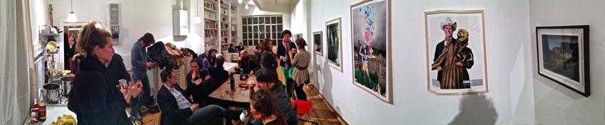 (c)_Foto_von_Thomas_Draschan_2013_Kunst_und_Punsch_Projektraum_Lucas_Cuturi_Panorama_2_bearbeitet